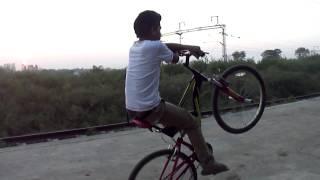 getlinkyoutube.com-Naman Khodiyar 2014 Full Stunts Video Of Shahdol M.P...