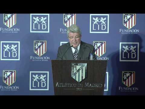 Presentación del libro Leyendas del Atlético de Madrid en el Vicente Calderón