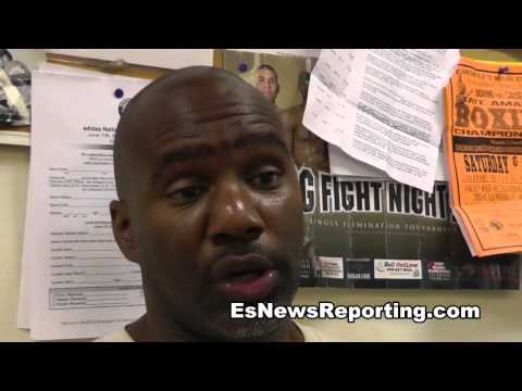 lucas matthysse vs floyd mayweather trainers break it down