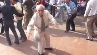 getlinkyoutube.com-Funny old guy dancing