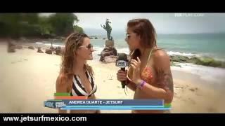 getlinkyoutube.com-Mira cómo le fue a la sexy conductora de FOX Para Todos en JetSurf Puerto Vallarta