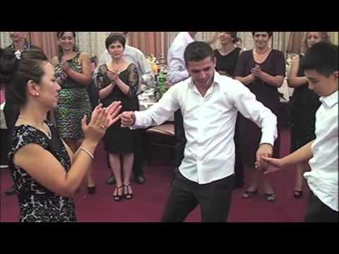 Festa e Adrianit ne Diber