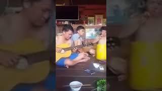 getlinkyoutube.com-Căn Nhà Ngoại Ô guitar [Mitxi Tòng]