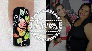 getlinkyoutube.com-Unhas Decoradas com Flores Degradê para o Carnaval | Cola na Villar