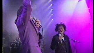 "getlinkyoutube.com-PETER GABRIEL & TRACY CHAPMAN:""DON'T GIVE UP"" [LIVE]"