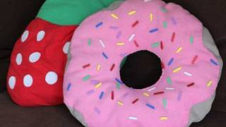 getlinkyoutube.com-DIY Donut Pillow w/ Strawberry Frosting How to Make