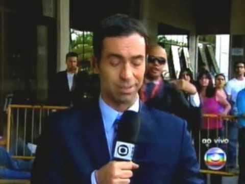 Cesar Tralli na cobertura do caso isabela nardoni é surpreendido por careca maluco de novo