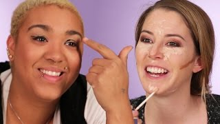 getlinkyoutube.com-Women Try The No-Mirror Makeup Challenge