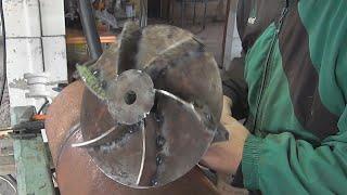 getlinkyoutube.com-Как сделать печь длительного горения, бубафоня из газового баллона