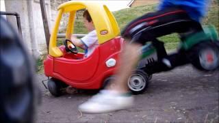 getlinkyoutube.com-Little Tikes Car Crash Tests