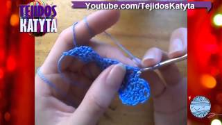getlinkyoutube.com-Recuerdo para bautizo o baby shower a crochet ENTERITO para varon