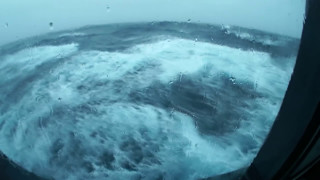 getlinkyoutube.com-😱RAW FOOTAGE of Queen Mary 2 in Stormy Weather!😱