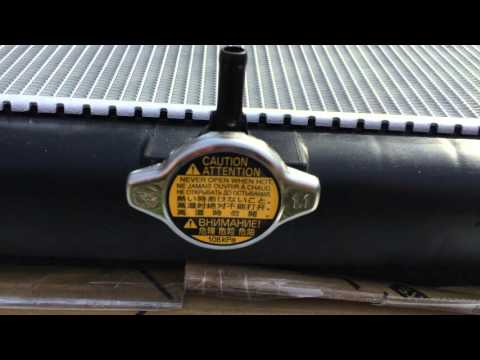 Радиатор основной охлаждения Toyota Cruiser 200 Lexus LX 570