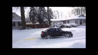getlinkyoutube.com-四駆のSUBARU(スバル)雪道での脱出劇は圧巻、米国でも高い評価!!