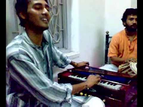 Ustad Hussain Baksh-sonheya jay tere naal-Live by RONIT GUPT & BAPPI ON TABLA.mp4