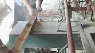 getlinkyoutube.com-Maquinas para procesando bambú de Guadua/Machines for processing Guadua bamboo