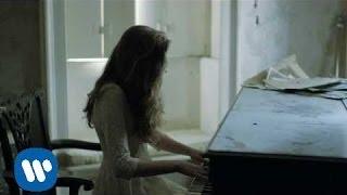 getlinkyoutube.com-Birdy - Skinny Love [Official Music Video]