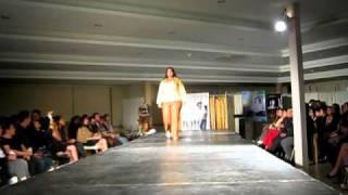 """getlinkyoutube.com-Desfile """"Genesis 2011"""" de Moda Para Gorditas C.A."""