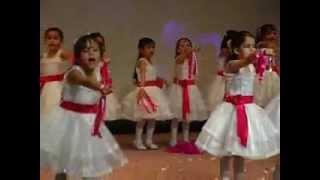 getlinkyoutube.com-احلى واجمل حفل في مدرسة الطموح الخاصة  Graduation day. براءة الأطفال ومتعة الغناء والرقص