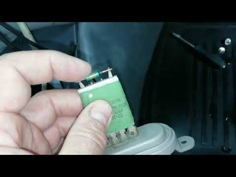 Где в УАЗ 469 находится вентилятор печки
