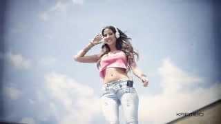 getlinkyoutube.com-Krembo Jeans 2014 - Backstage - Jessica Barboza