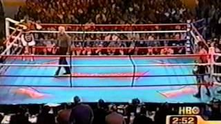 Floyd Mayweather Jr vs Carlos Hernandez