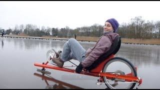 getlinkyoutube.com-Ice-Bat racing (Zuidlaardermeer 2013)