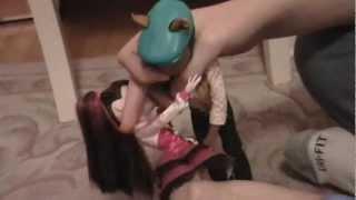 getlinkyoutube.com-Monster High Dramah: BOO-ty and the Beast