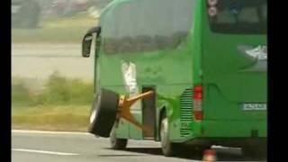 getlinkyoutube.com-Mercedes Benz Güvenlik Sistemleri