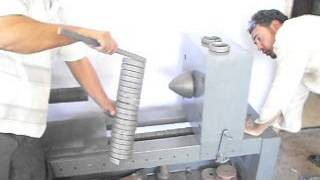 getlinkyoutube.com-ماكينة تشكيل حديد مشغول بايدى مصرية ( رائد الحداد )