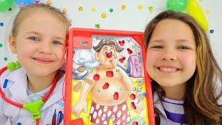 getlinkyoutube.com-Игры для детей. Все к врачу! Лучшие подружки Настя и Ксюша лечат зубы Ам-Няму и делают операцию!