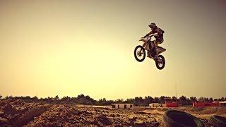 getlinkyoutube.com-Life as an Expat - Dubai Motocross - Now Health International