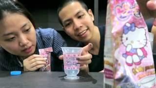 getlinkyoutube.com-รีวิวขนมญี่ปุ่น Hello Kitty รสพีช (Frothy Peach)