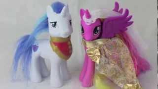 getlinkyoutube.com-My Little Pony Friendship Magic Pony Princess Wedding Castle Toy Review
