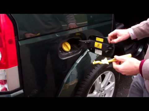Land Rover Discovery 4 misfueling device explained