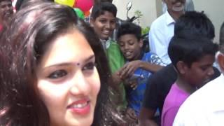 gayathri suresh hot with many boys