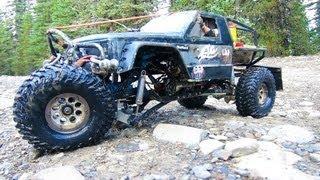 getlinkyoutube.com-RC ADVENTURES - TTC 2013 - TANK TRAP - 4X4 Tough Truck Challenge