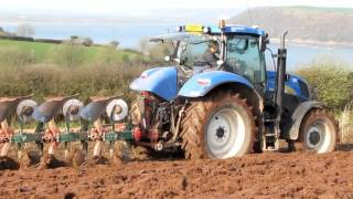 getlinkyoutube.com-Ploughing by the Sea - New Holland plus Kverneland.