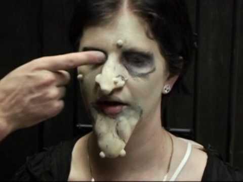 Anleitung für Hexen Make Up Halloween Schminke