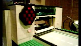 getlinkyoutube.com-LEGO NXT Bowling-/ Kegelbahn 2