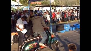 getlinkyoutube.com-2015 Season: Crash Compilation - Dragrace GDS kecelakaan dragbike Vespa