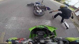 getlinkyoutube.com-Stunt Bike Crashes Into Supermoto / Motorcycle Wreck