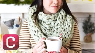 getlinkyoutube.com-Arm Knit a Cowl with Anne Weil I Creativebug