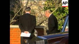 getlinkyoutube.com-Royal family members attend funeral of Princess Margaret