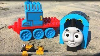 getlinkyoutube.com-Thomas and Friends Toy Trains Percy James Disney Cars Toys McQueen Thomas y sus Amigos