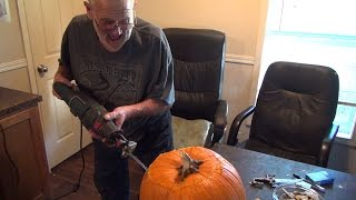 getlinkyoutube.com-Angry Grandpa vs The Pumpkin - 3