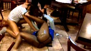 getlinkyoutube.com-2 Girls Scrap After Eating Some Kung Pao Chicken In The Restaurant