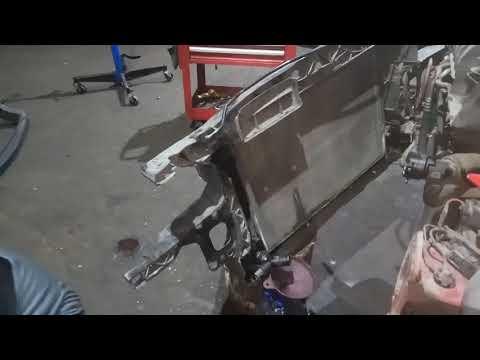 Жесть на СТО замена радиатора охлаждения Seat Leon Сеат Леон