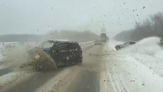 getlinkyoutube.com-Russian Car crash compilation December ✦ Russian Car crashes