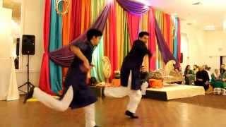 getlinkyoutube.com-Saad and Anum - Best Mehndi Dance of 2015
